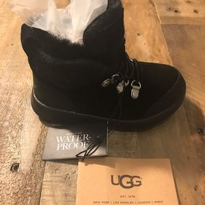 Ugg high tops waterproof boots size 7, boy or girl